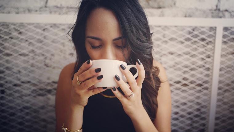 6 malos hábitos dentales que debes evitar